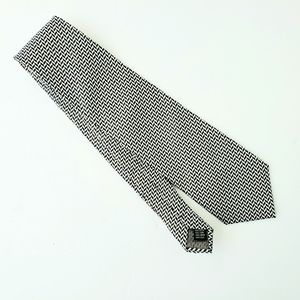 Valerio Garati 100% silk handmade geometric tie